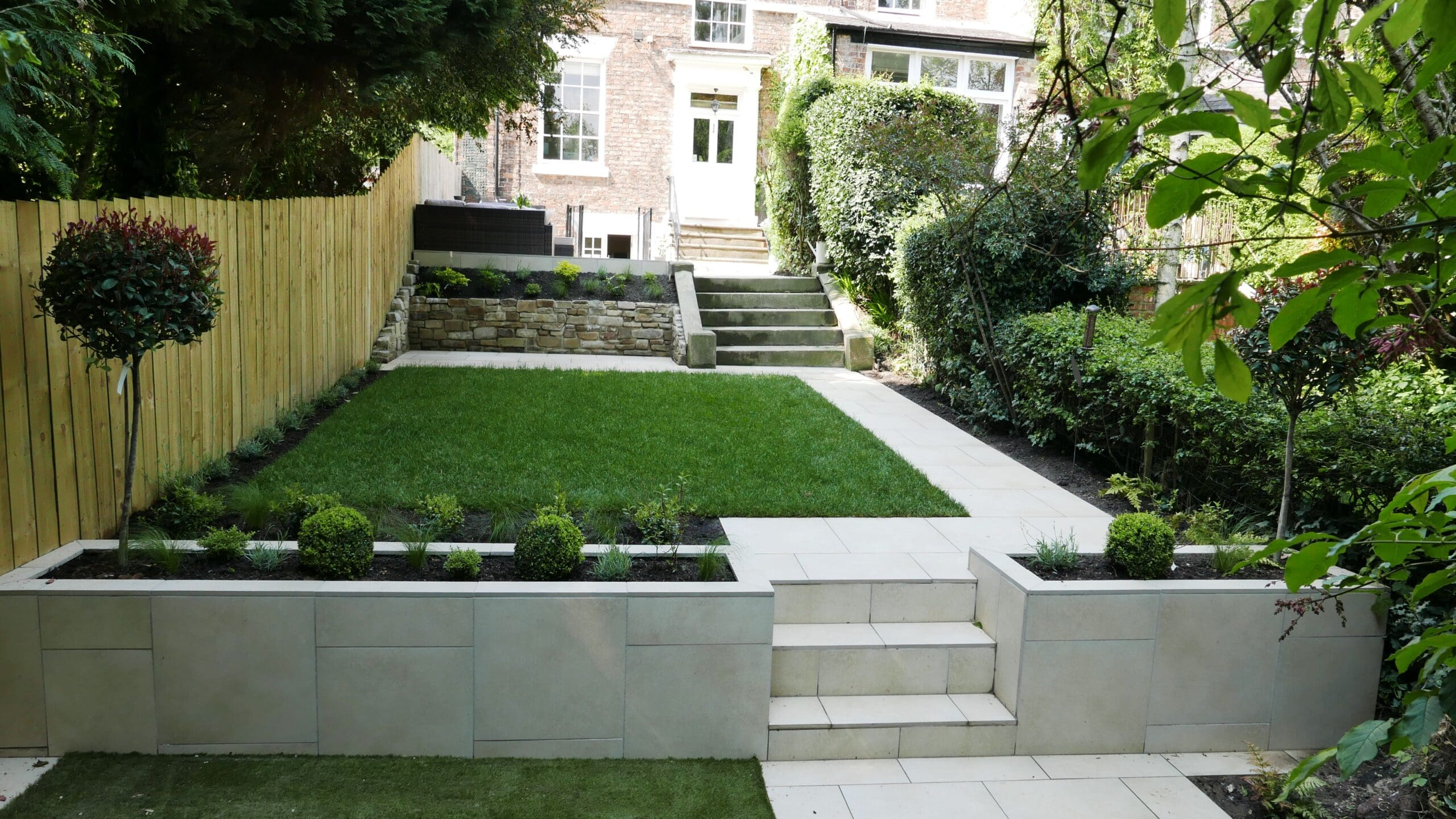 sam-nattress-gardens-projects-darlington-georgian-townhouse-terraced-levels-contrasting-textures